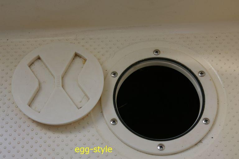 インスペクションハッチ、点検用開口部
