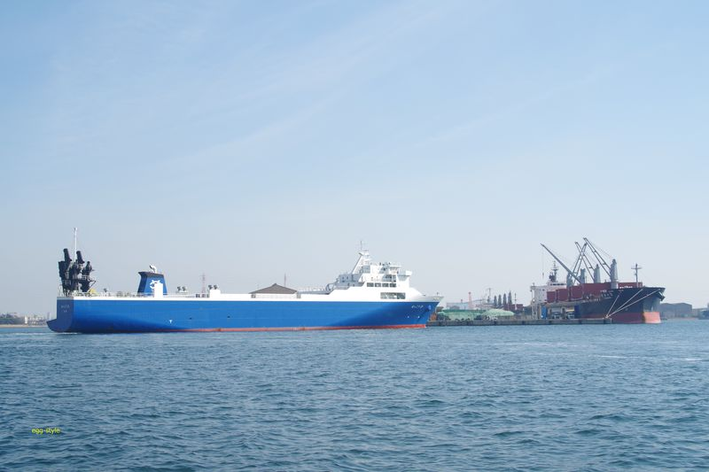 RORO船と呼ばれる貨物専用フェリー