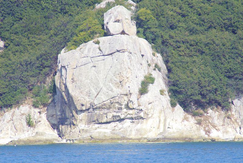 小赤壁の奇岩