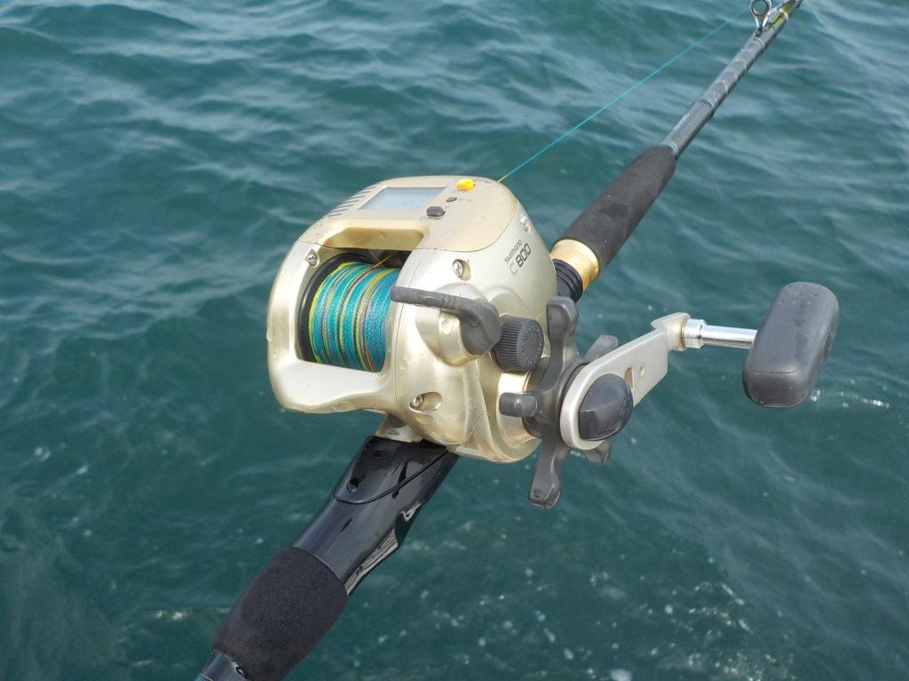 引退「C800」パワフルにタコを釣りました。