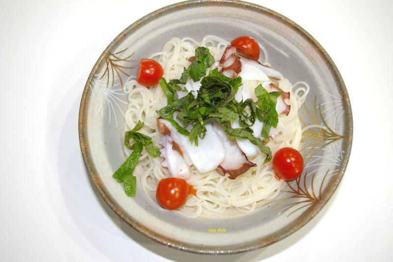 タコ素麺の清涼感