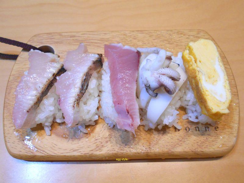 寿司、ハラミの脂が炙りにすると食べ過ぎる