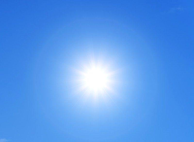太陽光 これほどの光源はなく、紫外線豊富です